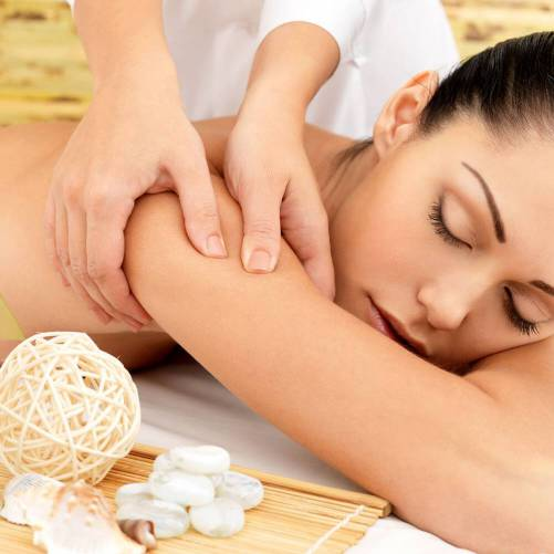 Espace relaxation + gommage + massage du corps